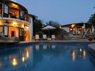 On the Rocks Villa-stay 7 pay 5 summer / Fall Season- Official Site - Spanish Town vacation rentals