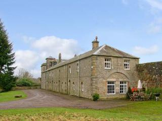REIVER'S REST, pet friendly, character holiday cottage, with a garden in Bellingham, Ref 12949 - Gilsland vacation rentals