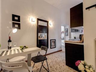 Delicious Apartment in Campo dei Fiori area - Rome vacation rentals