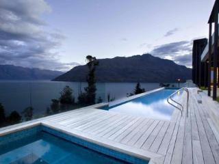 50 Aspen Grove, Queenstown - Queenstown vacation rentals