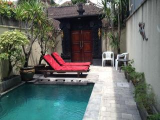 HIDDEN GARDEN VILLA #6 LEGIAN Safe & Secure with u - Legian vacation rentals