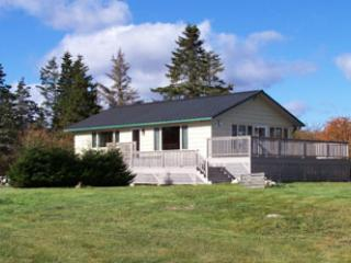 2 bedroom House with Deck in Barrington - Barrington vacation rentals