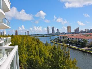 Aventura on the Bay (2BR + DEN 2BA), Intracoastal Views! - Miami Beach vacation rentals