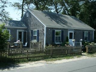 2 Bedroom 2 Bathroom Vacation Rental in Nantucket that sleeps 4 -(10121) - Nantucket vacation rentals