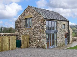 SPINNEY FARM COTTAGE, family friendly, country holiday cottage, with a garden in Bonsall, Ref 13102 - Bonsall vacation rentals