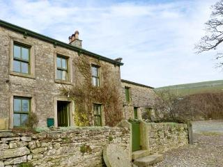 GREENGATES FARM, pet friendly, character holiday cottage, with a garden in Horton-In-Ribblesdale, Ref 12171 - North Yorkshire vacation rentals