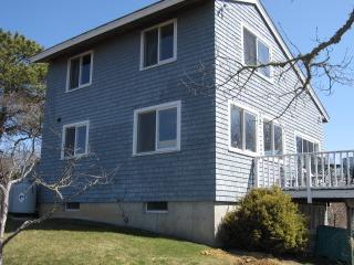 Charming Chilmark Guest House (Charming-Chilmark-Guest-House-CH225) - Image 1 - Chilmark - rentals