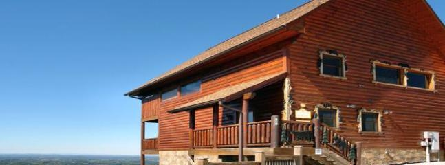 Above The Clouds (4) - Image 1 - Sevierville - rentals