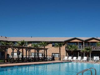 1/1 gulf access unit at fabulous Sea Isle Village! - Port Aransas vacation rentals