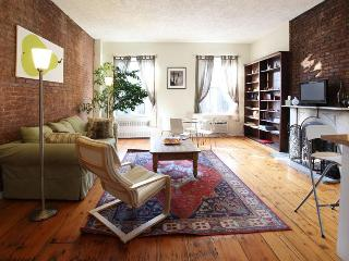 Big 2 bed/2 bath w/fireplace (3rd fl), E. Village - New York City vacation rentals