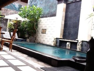 HIDDEN GARDEN VILLA #4 LEGIAN Safe & Secure with u - Legian vacation rentals