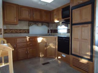 Beautiful House with Linens Provided and Refrigerator - Hilbert vacation rentals