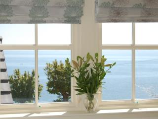 Stylish apartment in Crail with great sea views!! - Crail vacation rentals