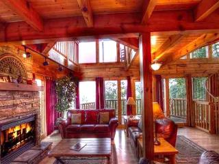 Incredible Views; 3 Suites; Pool; Luxury; $199/nt - Gatlinburg vacation rentals