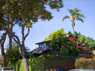 BABY DUX - Sweet Hideaway in the Heart of the Fun - Santa Barbara vacation rentals
