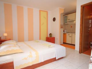 Apartman Orange - Hvar vacation rentals