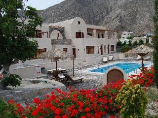 Santorini Villa The Birds Apartments for 5 with Free Car - Perissa vacation rentals