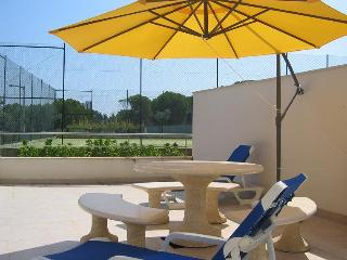 Holiday Apartment in Olhos D'Aqua in Algarve - Albufeira vacation rentals