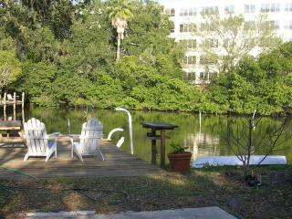 Studio apt. downtown Sarasota waterfrt - Sarasota vacation rentals