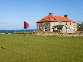 Spacious farmhouse overlooking sea & golf courses! - Image 1 - Crail - rentals