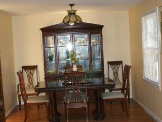 Lovely House with Deck and Internet Access - Virginia Beach vacation rentals