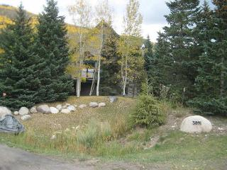 The Ledges #A 3 bed 3.5 bath remodeled single family home in East Vail - Vail vacation rentals