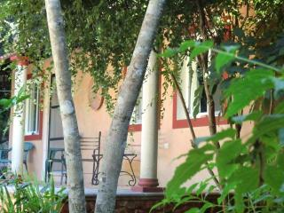 Owl's House Cottage 10 minutes SE of Uxmal Yucatan - Uxmal vacation rentals