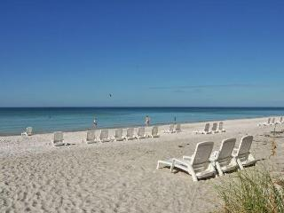 Beautiful Beach Condo, Family Friendly,Heated Pool - Longboat Key vacation rentals