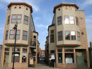 Phoenix Court 11 - Uptown Girl - South Haven vacation rentals