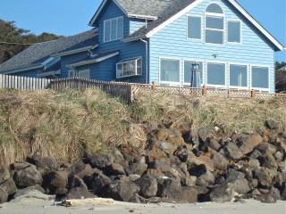 Oceanfront house,guesthouse,hot tub-5star reviews! - Yachats vacation rentals