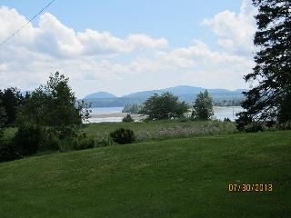 3 bedroom House with Books in Lamoine - Lamoine vacation rentals