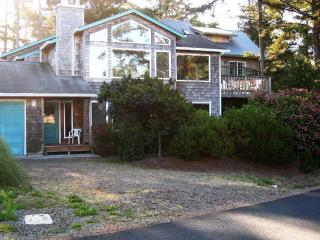 Charming House with Deck and Internet Access - Manzanita vacation rentals