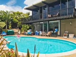 Poolside Guest House in San Diego Beach Community - Pacific Beach vacation rentals