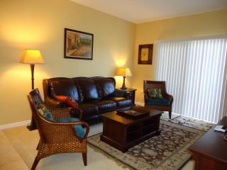 Luxury Furnished Apartment with Lake View - Fort Myers vacation rentals