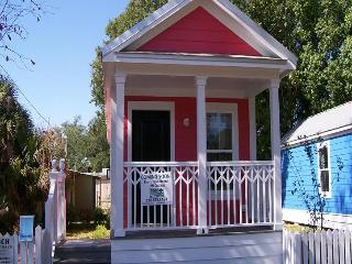 Nice House with Outdoor Dining Area and Satellite Or Cable TV - Ocean Springs vacation rentals