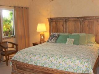 Amore Loft Suite - Spacious w/ kitchenette alcove - Saint John vacation rentals
