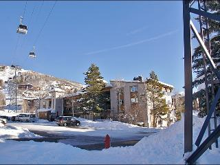 Fully Renovated Upscale Condo - Only 52 STEPS to Ski Slope Access (4609) - Steamboat Springs vacation rentals