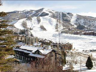 100 Yards from Slopes & Lifts - Great Slope Views (4581) - Steamboat Springs vacation rentals