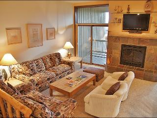 Nicely Updated, Good Amenities, Low Rates - Convenient Location - 200 Yards to Ski Slopes (3837) - Steamboat Springs vacation rentals