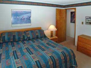 2 Bedroom, 2 Bathroom House in Breckenridge  (05A) - Breckenridge vacation rentals