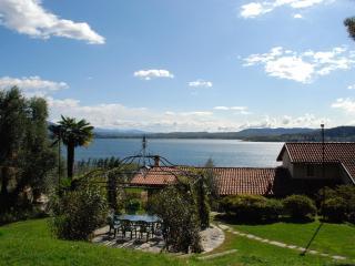 Lake Maggiore breathtaking view romantic apartment - Lesa vacation rentals