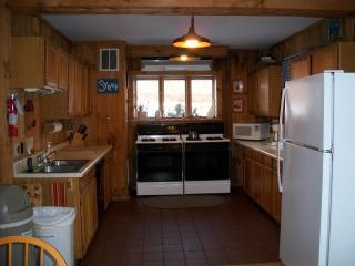 Rochambeau Lodge ~ Alyson's Orchard - Walpole vacation rentals