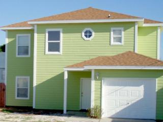 Cozy and Bright 3 bd/2.5 bath Beach House - Panama City Beach vacation rentals