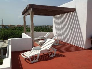 Isla Mujeres Condo, Great Sea Views, Best Price - Isla Mujeres vacation rentals