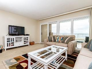 GS 203: Beach front with wrap-around balcony, Free Beach Service, GREAT VIEWS - Fort Walton Beach vacation rentals