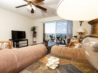 PI 107: Cozy one bedroom, beach front property, Pool, Free Beach Service - Fort Walton Beach vacation rentals