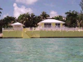 Beautiful House with Alarm Clock and Grill - Abaco vacation rentals