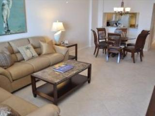 Somerset 809 - Great Location, Beachfront Condo! - Goodland vacation rentals