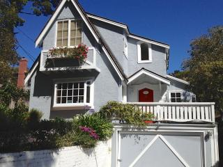 Honey's Retreat: Lovely Beach Cottage - Carmel vacation rentals