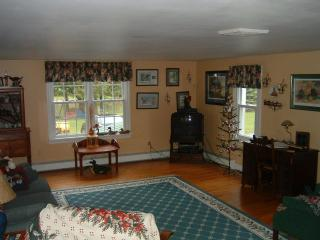 Wonderful 3 bedroom Bed and Breakfast in Monroe - Monroe vacation rentals